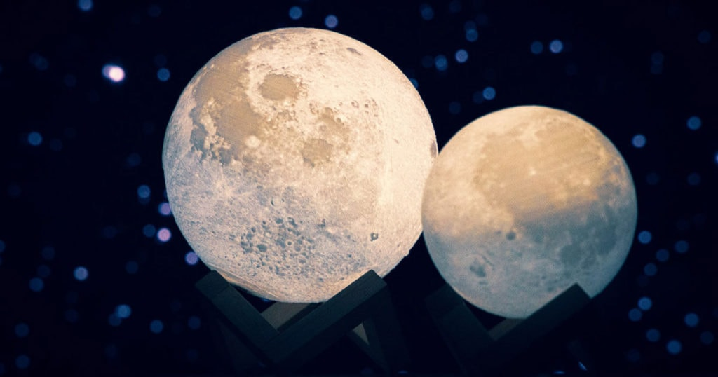 your moon light lamp is available in various sizes